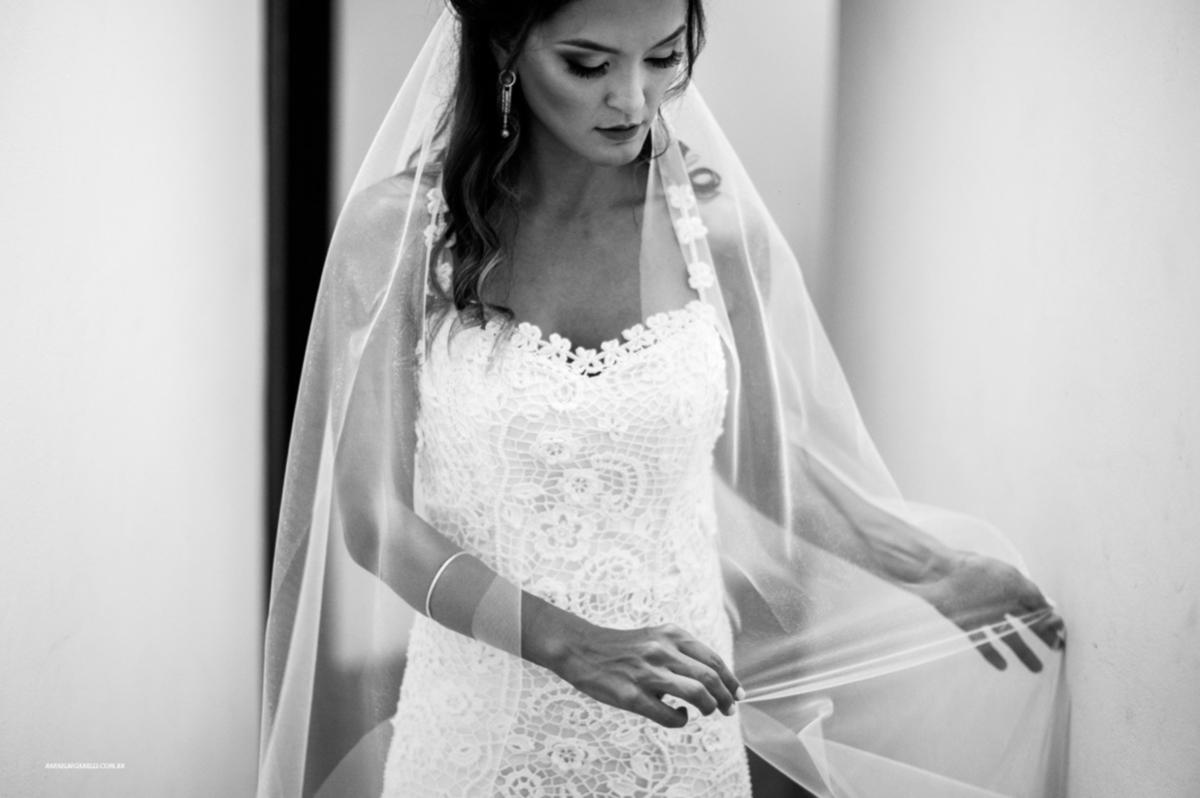 Imagem capa - Inspiração: 5 vestidos incríveis de noivas para casar na praia por Rafael Bigarelli