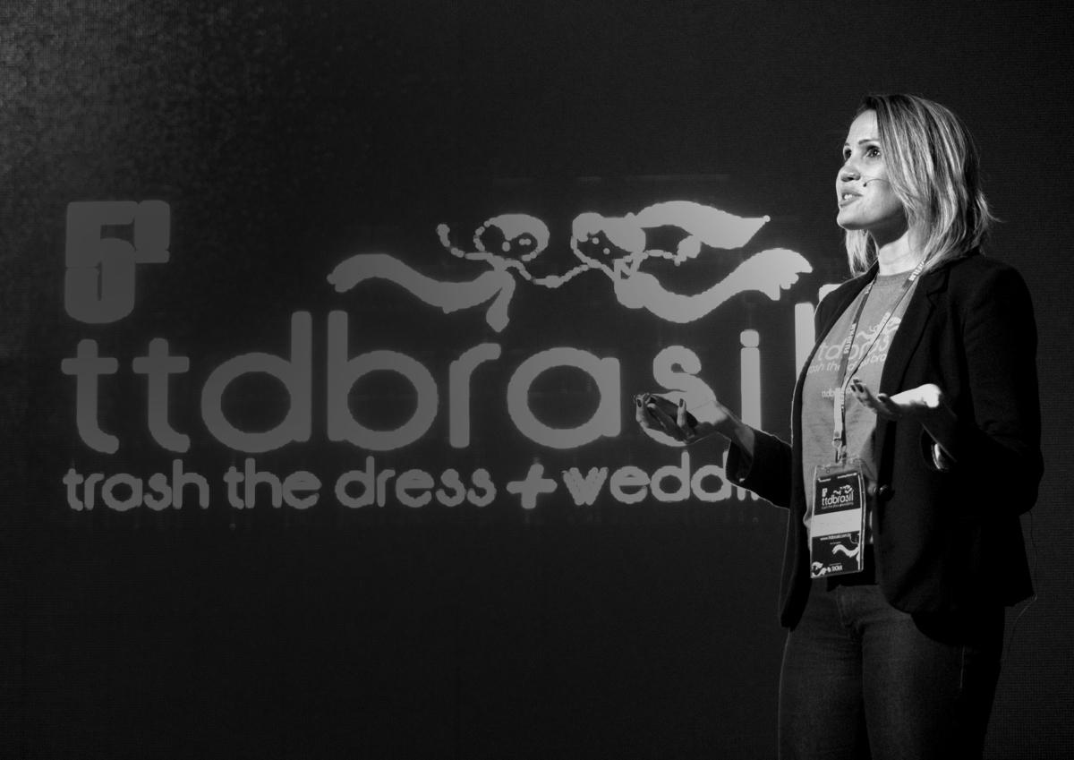 Imagem capa - Palestra Congresso Trash The Dress Brasil por Milena Cavichi