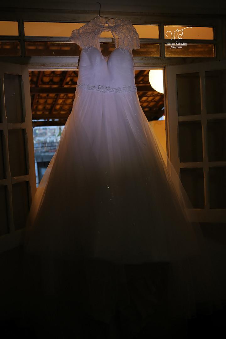 Imagem capa - Que tipo de vestido você deveria usar no seu casamento? por Wilson Sabadin