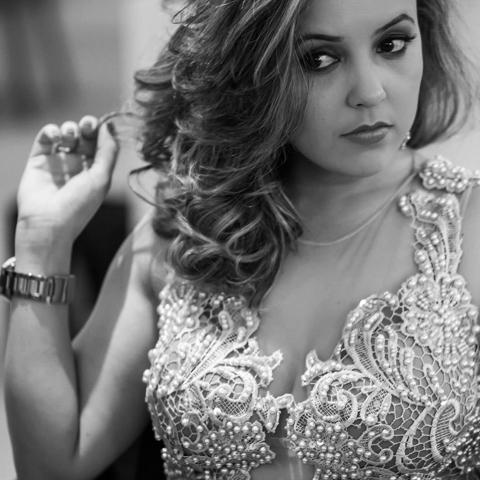 Sobre Sheila Maria Cupertino Gomes - Fotógrafa de família e de momentos felizes
