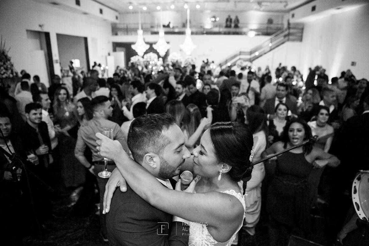 Imagem capa - Festa de Casamento no Multispace de Júnia e Felipe Salgado por FREDERICUS AUGUSTUS DA SILVA