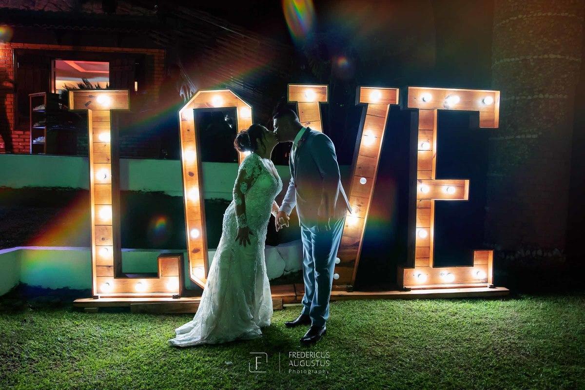 Imagem capa - Casamento no Chalé Pampulha da Denise e Marcel por FREDERICUS AUGUSTUS DA SILVA