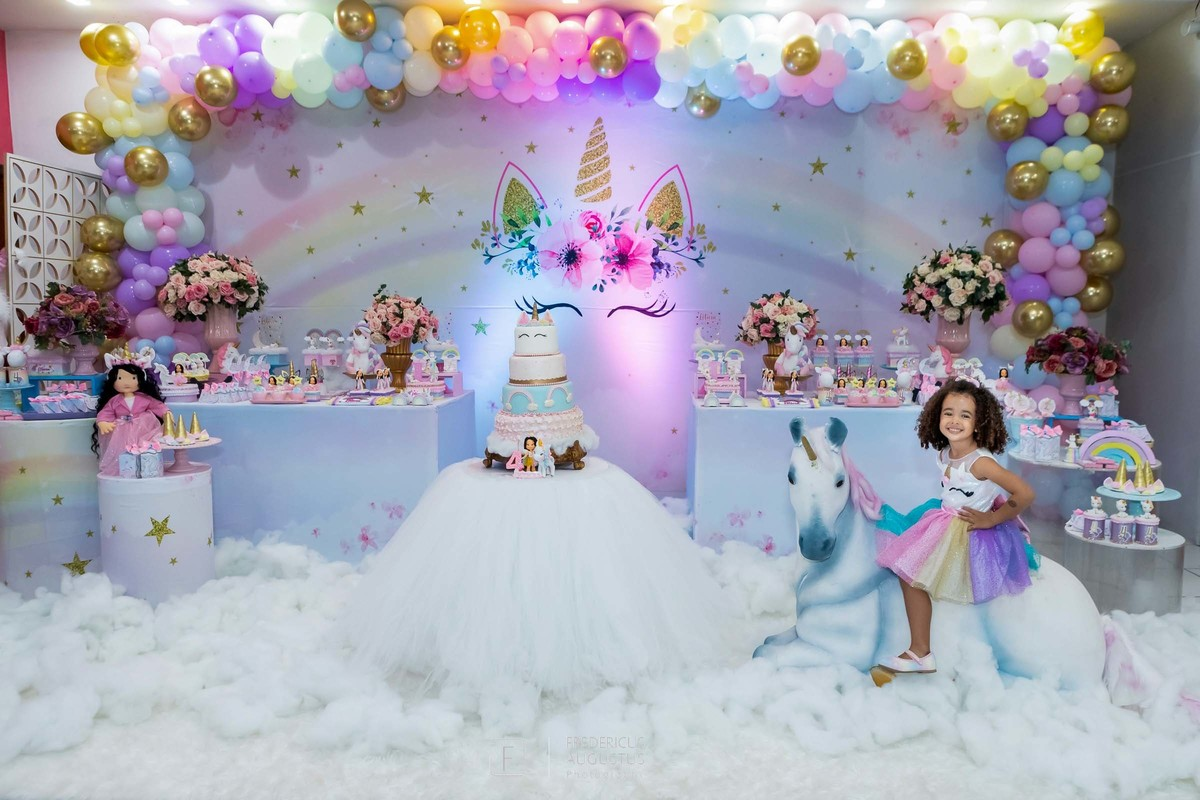 Imagem capa - Festa do Unicórnio da Letícia no Sonho Meu Buffet Infantil por FREDERICUS AUGUSTUS DA SILVA