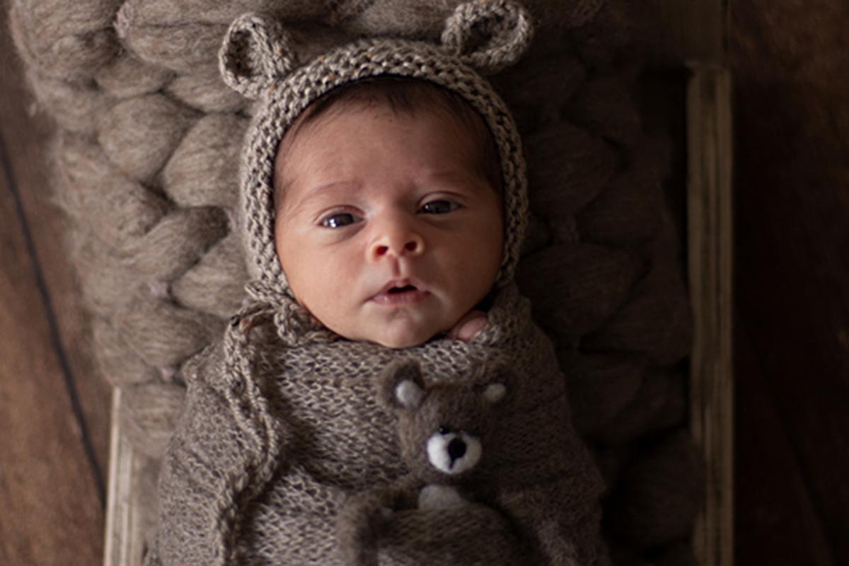 Imagem capa - Quer entender por que seu bebê não dorme a noite toda? por Claudia Milani