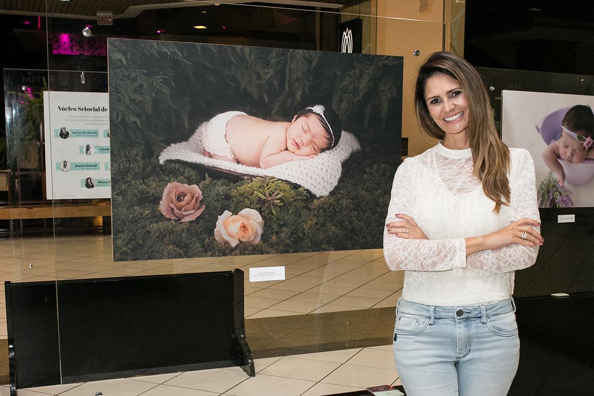 Imagem capa - Sobre a Exposição Perfeito Amor por Claudia Milani