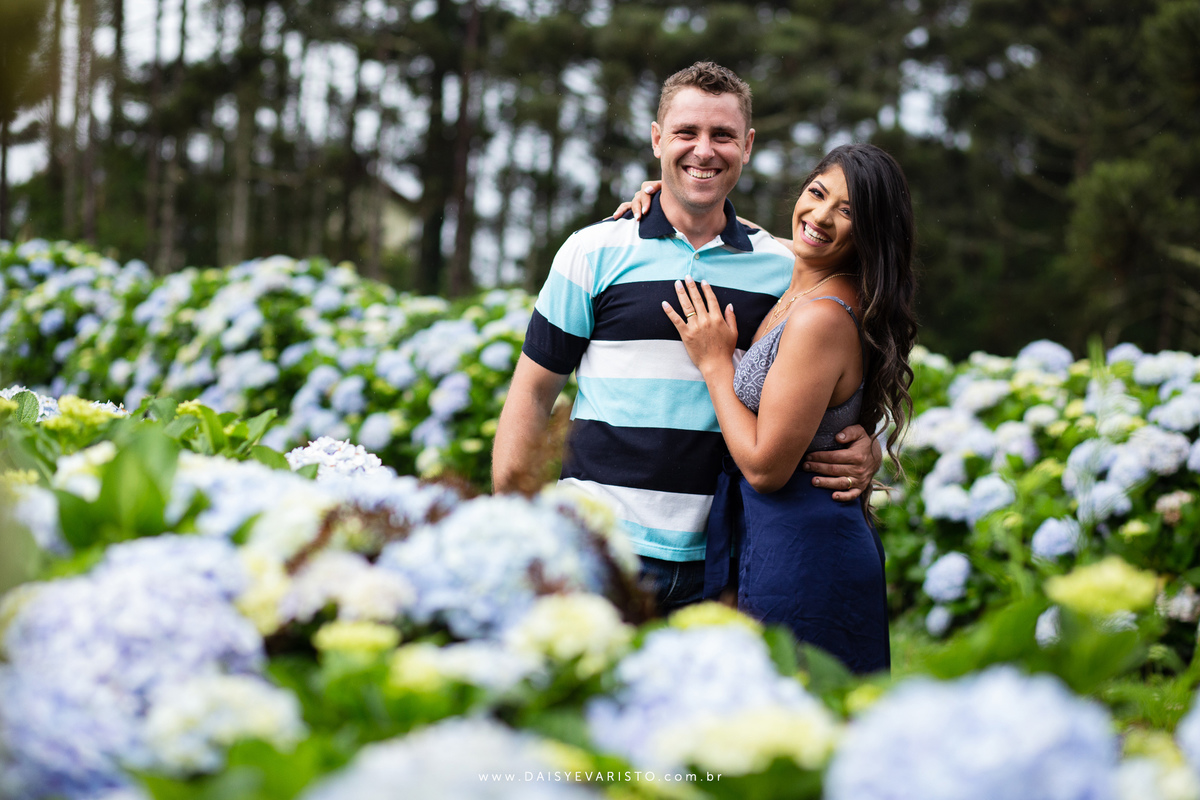 fotografo casamento ensaio gestante gravidez pre casamento joinville campo alegre jessica bruno chuva cachoeira hortensias