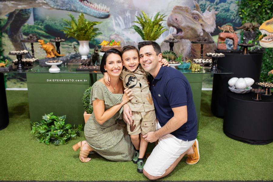 fotografo aniversario infantil joinville casa de festa pety paio decoração dinossauro Pedro 4 Anos caçador safari explorador