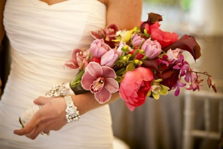 Imagem capa - Tipos de buquê! Inspire-se com estas ideias!  por Pequenos Detalhes Noivas e Debutantes