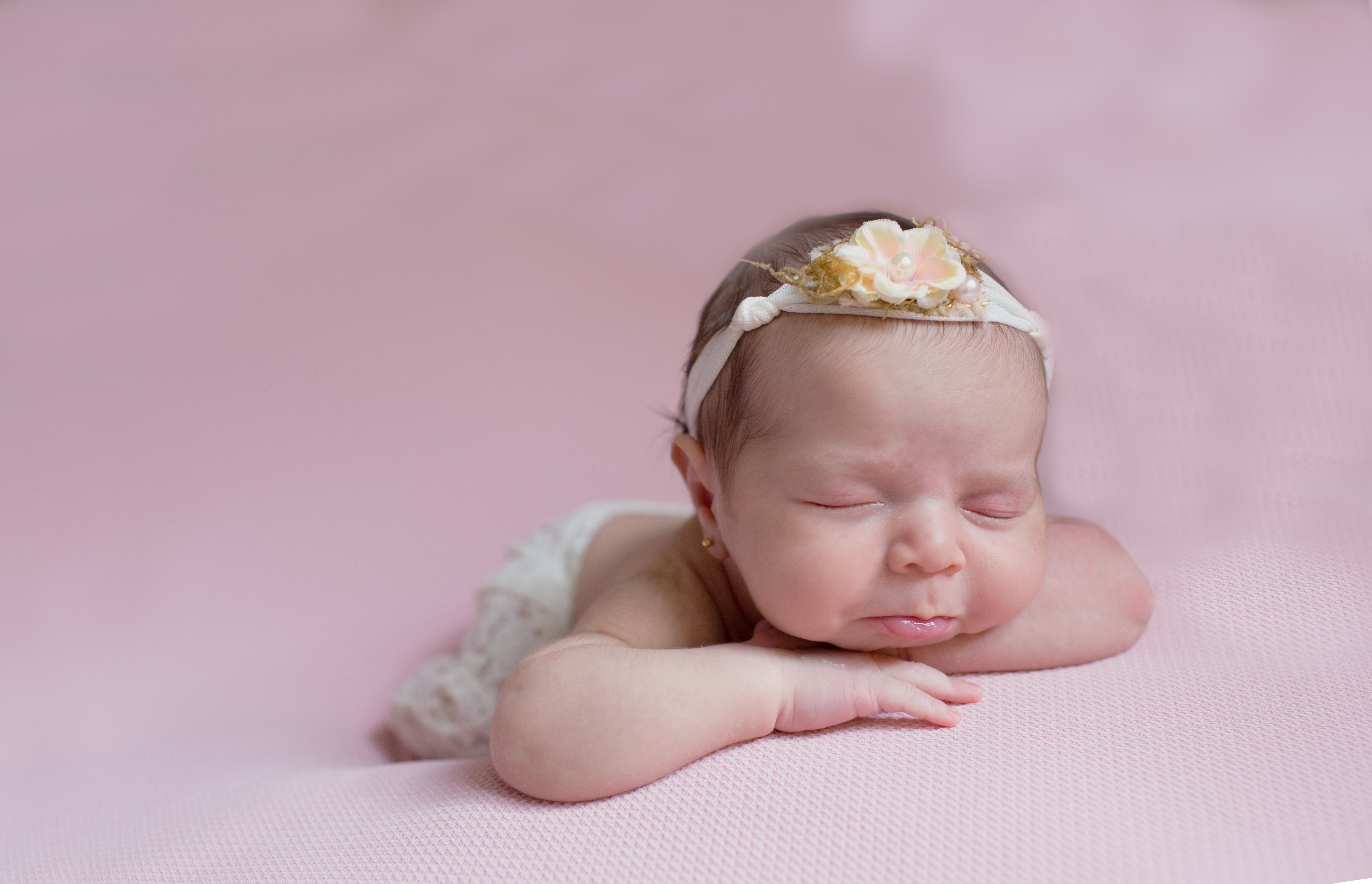 Contate Sessão Fotográfica Recém-nascido Newborn Pré-mamã Bebé Família - Funchal - Valquiria Abreu Fotografia