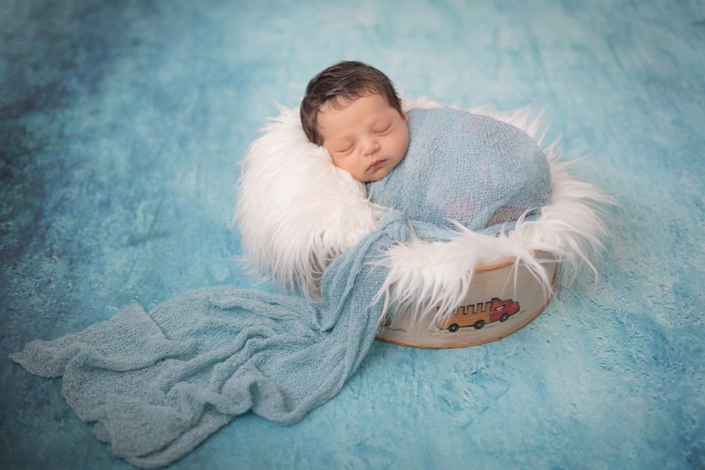 Imagem capa - O que os pais precisam saber sobre a fotografia newborn por Ana Mokarzel