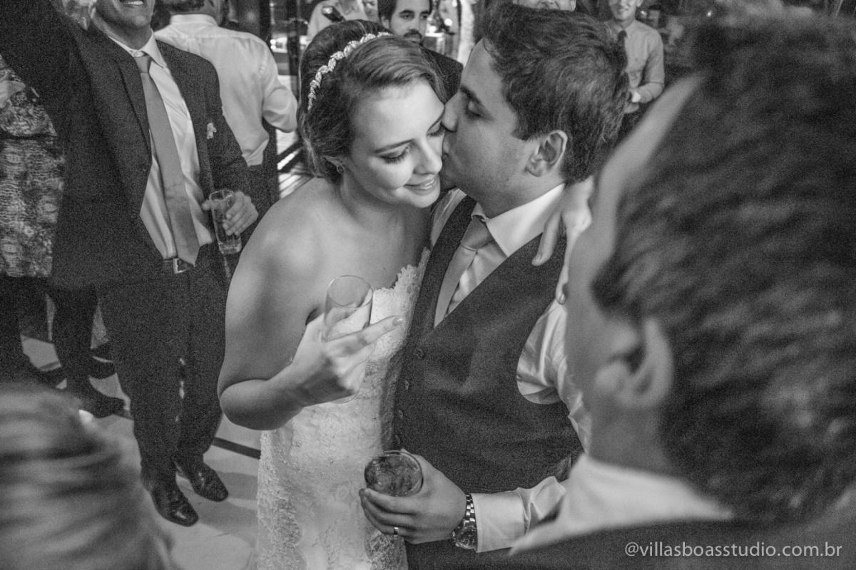 noivos dancando, danca dos noivos, noivo, noiva.