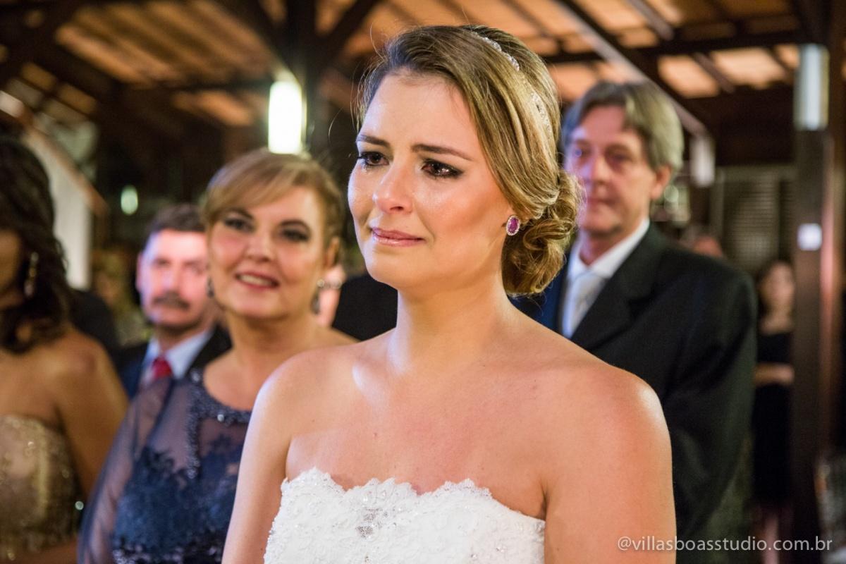 noiva, votos da noivo,, noiva chorando, emocao da noiva.