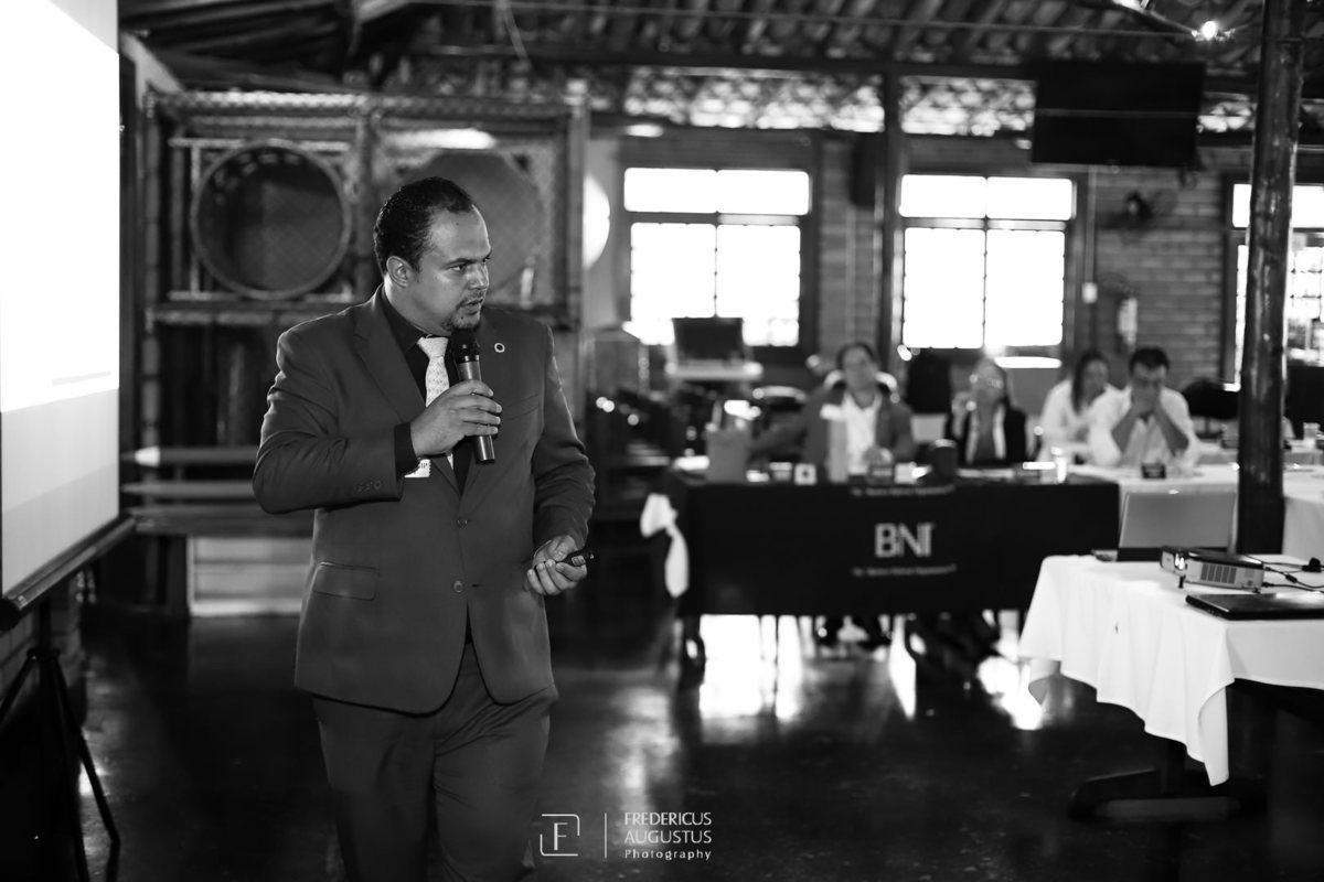 Imagem capa - Reunião BNI com palestra sobre Certificado Digital por zoommg