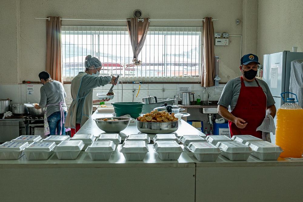 """Imagem capa - Projeto Social """"Missão Urbana"""" gera restauração na vida de pessoas em situação de rua no munícipio de Itapema/SC. por Diego Dahmer FOTO"""