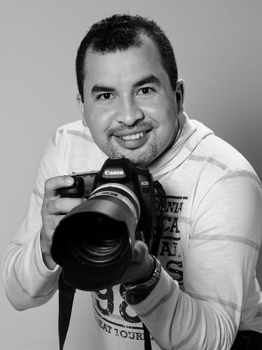 Sobre Welliton Barbosa - Fotografia de Casamento, Pre Wedding, Book, Ensaio Gestante, 15 Anos