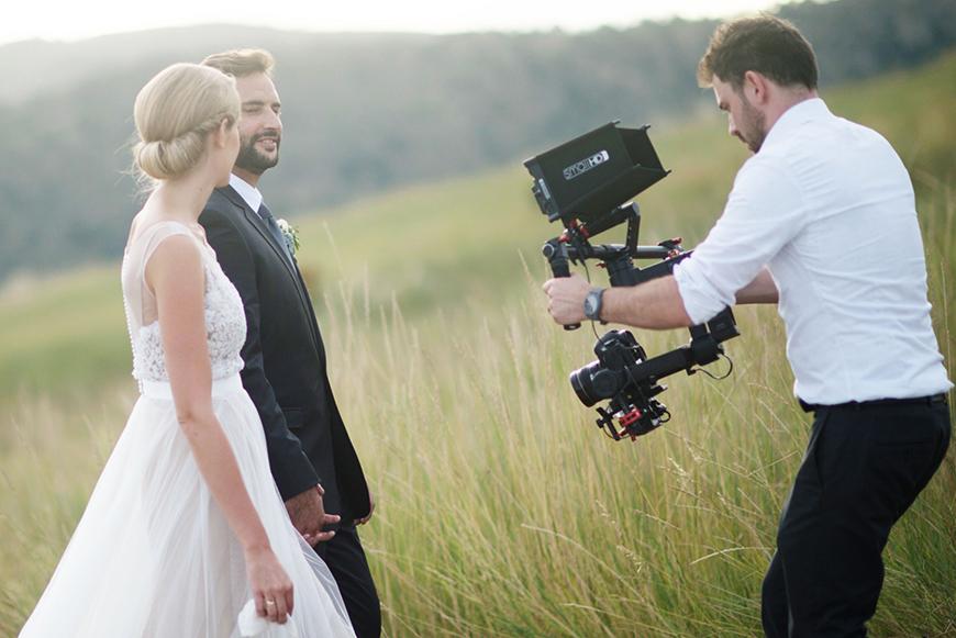 Imagem capa - Como Escolher Um Videomaker Para o Meu Casamento? por Aspect Movies Video Production