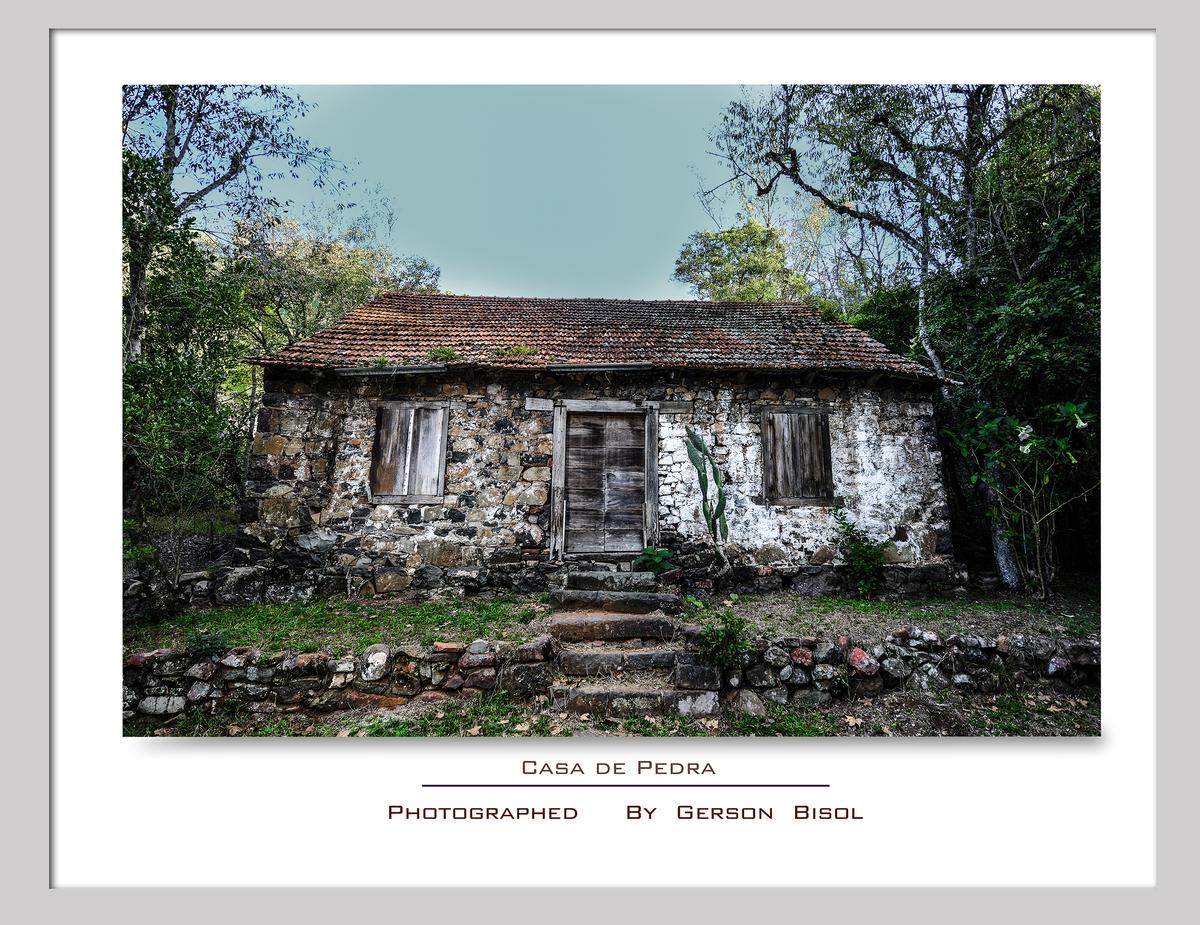 Imagem capa - Casa de Pedra por Gerson Bisol