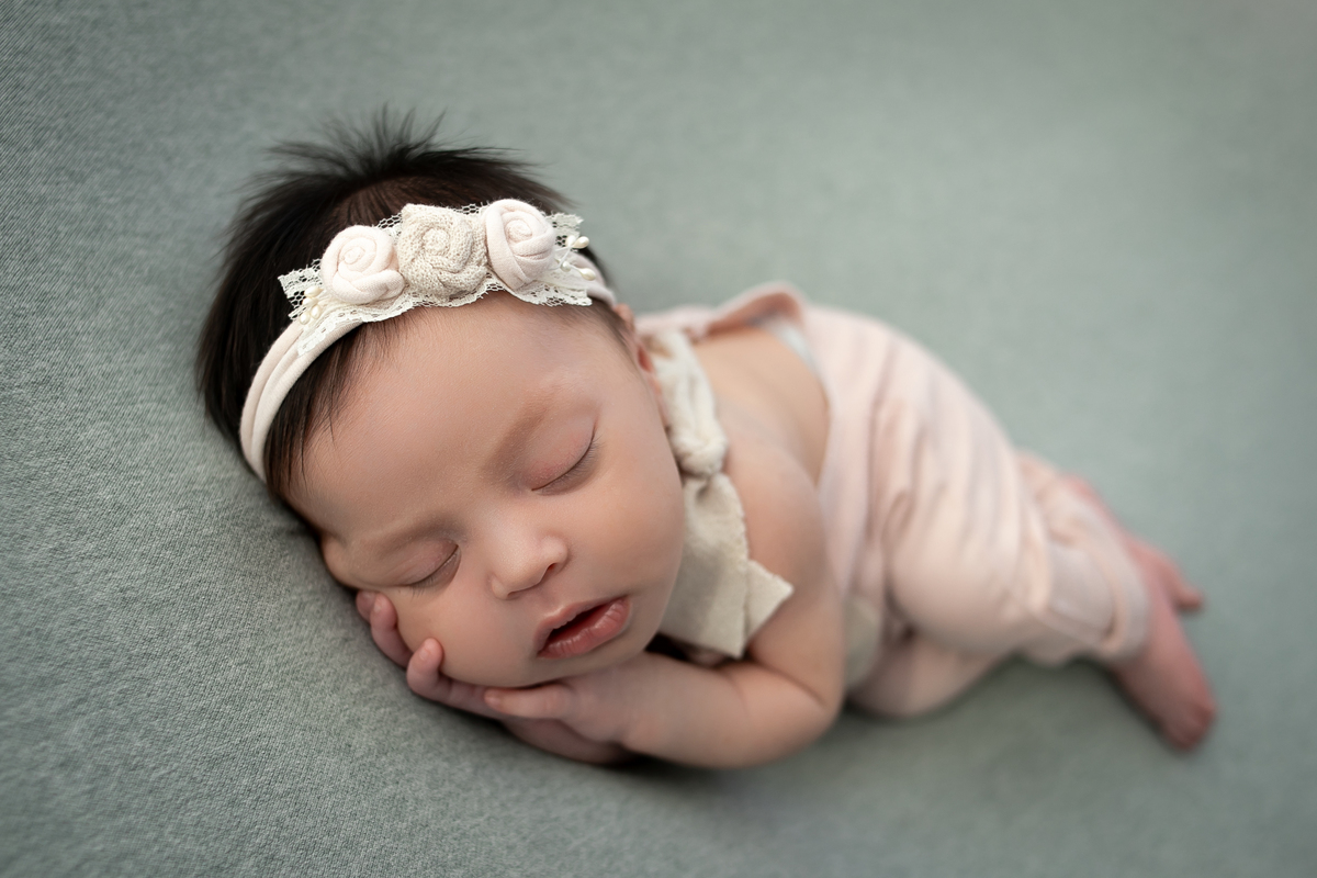 Imagem capa - SELO INPA - INTERNATIONAL NEWBORN PHOTOGRAPHY ASSOCIATION por Mariana Seelinger