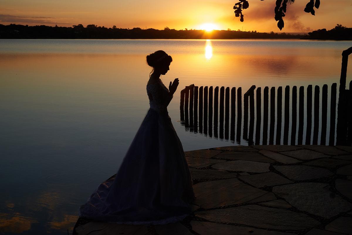 ensaio de noiva no por do sol