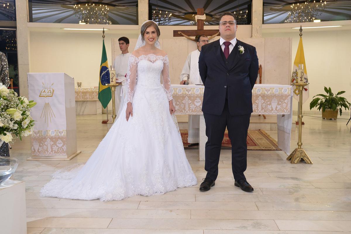 vestido de noiva- casamento no oratorio do soldado DF