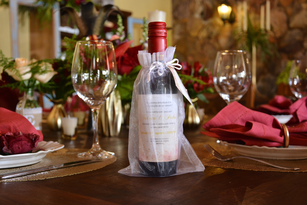 lembrancinha de casamento -convite de casamento Vinho
