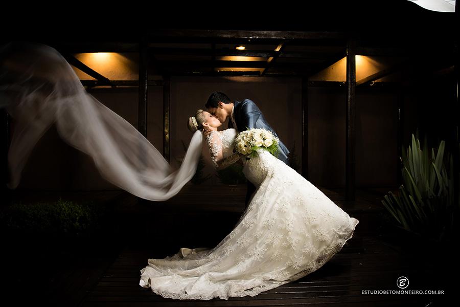 Imagem capa - Casamento da Débora e do Rodrigo por Estúdio Fotográfico Beto Monteiro