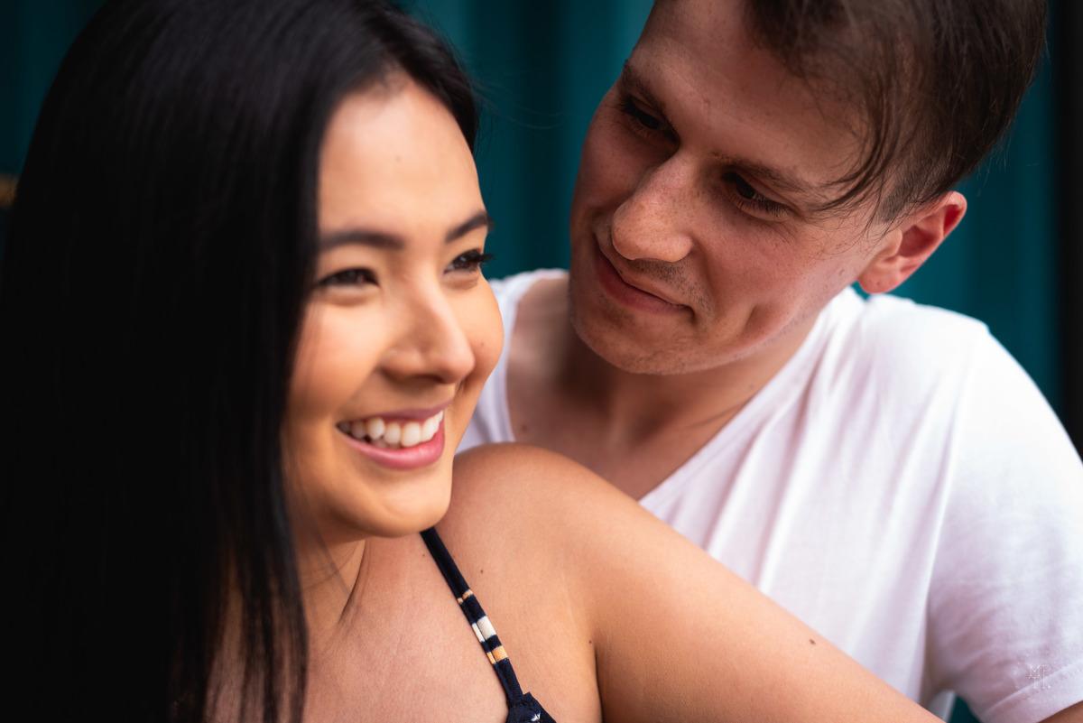 Imagem capa - 3 motivos pelos quais todo casal DEVE fazer um ensaio fotográfico. por Mikhael Treska