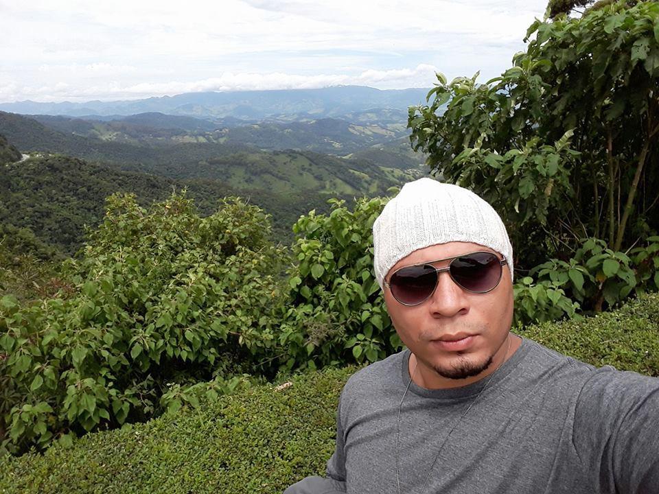 Sobre Luiz Santana Fotografia