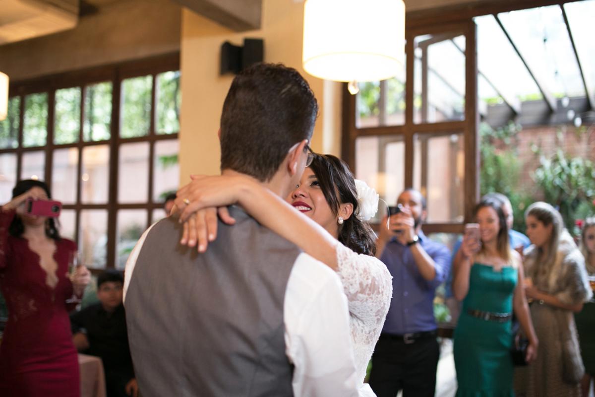 Imagem capa - A primeira dança dos noivos por Nikollas Campos
