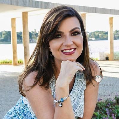Sobre Sheyla Pinheiro Fotografia - fotografa newborn, gestante e infantil - Belo Horizonte - MG