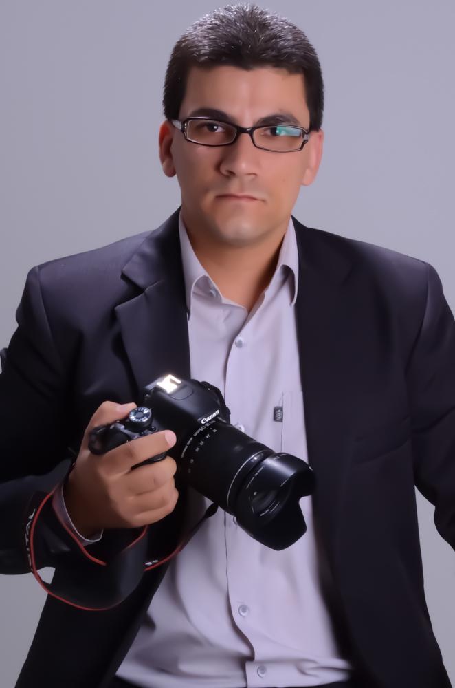 Sobre Heleno Lopes - Fotografo - Por trás das LENTES