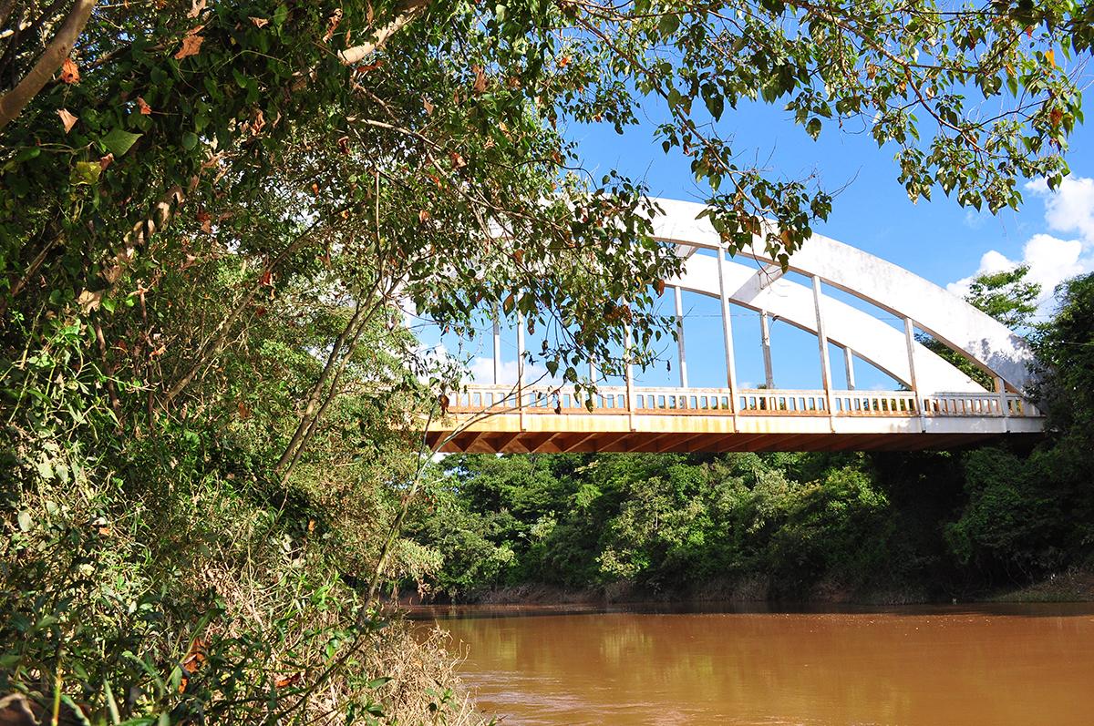 Imagem capa - Ponte Rio Paranaíba Patos de Minas por Lizandro Júnior