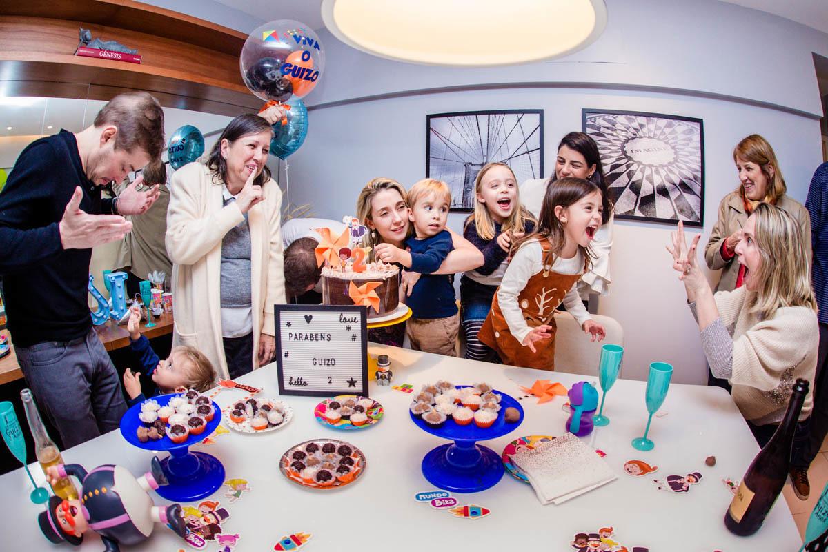 Imagem capa - Cinco razões para se apaixonar pelas mini festinhas em casa por Jaqueline Porto