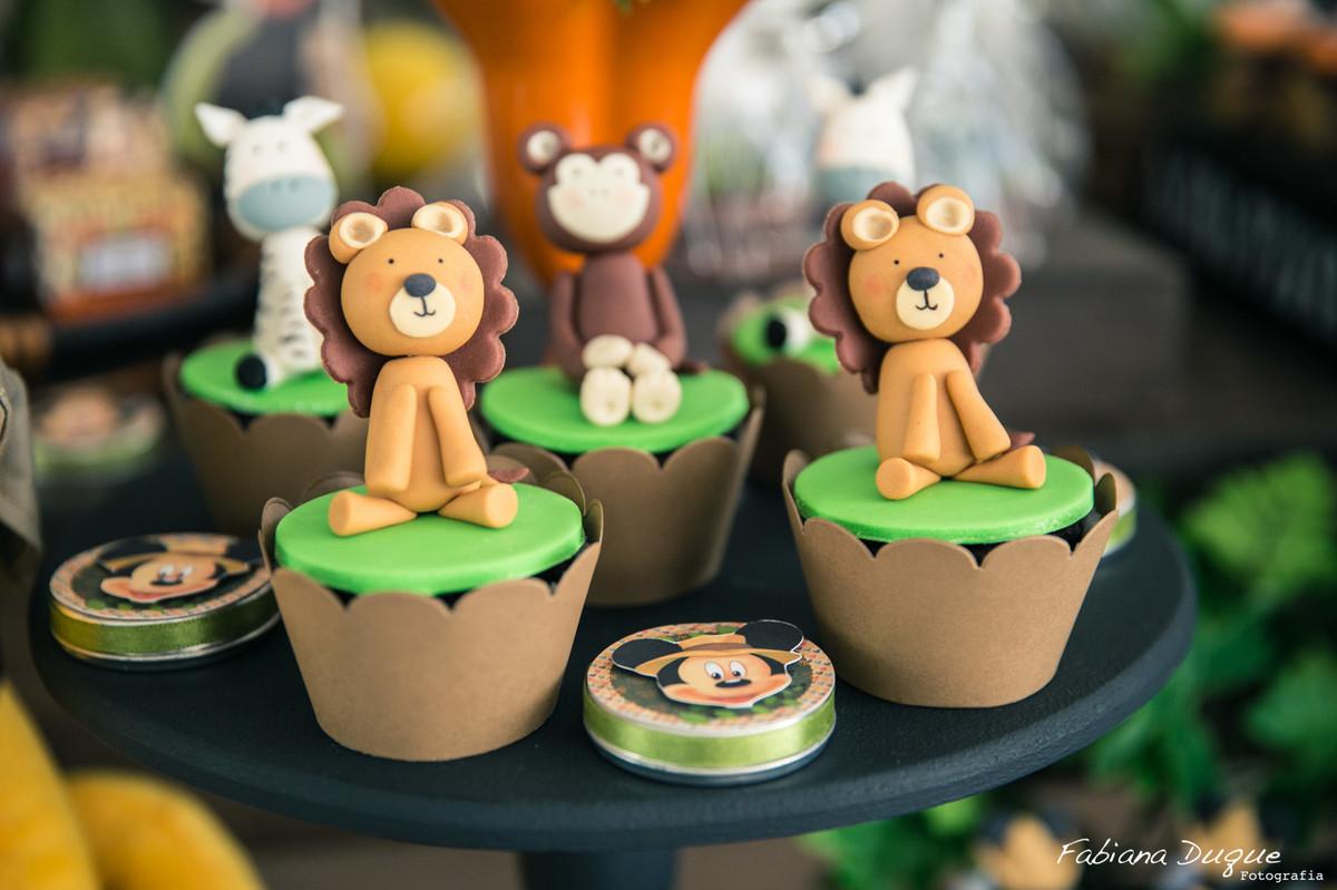 Decoração festa infantil mickey no safari em SP