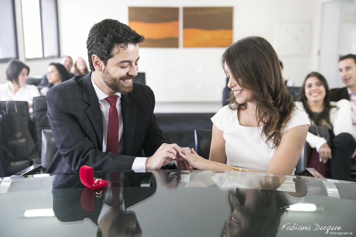 Troca das alianças na cerimonia de casamento em São Paulo