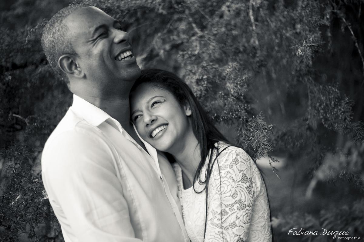 Ensaio de Casal em Monte Verde fotografado por Fabiana Duque Fotografia