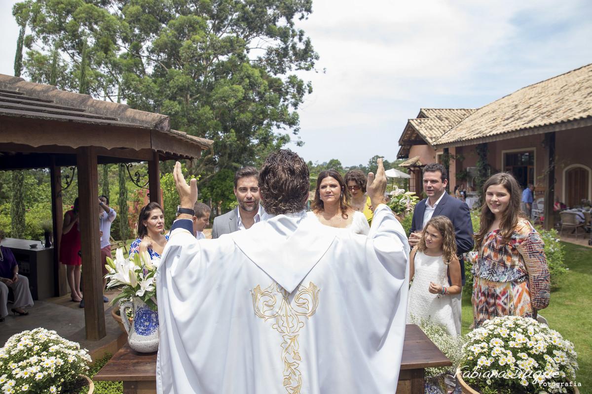 Mini Wedding fotografado por Fabiana Duque na Granja Viana - SP