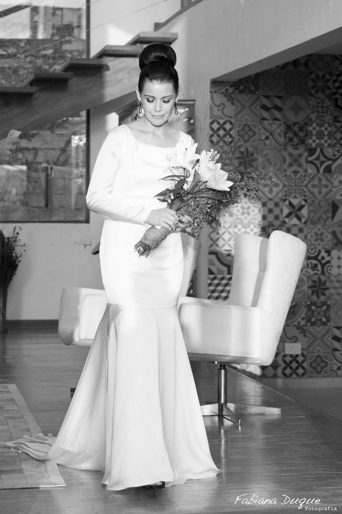 Noiva no casamento vintage em Ibiuna