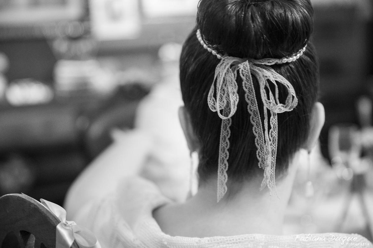 Detalhes de cabelo de noiva