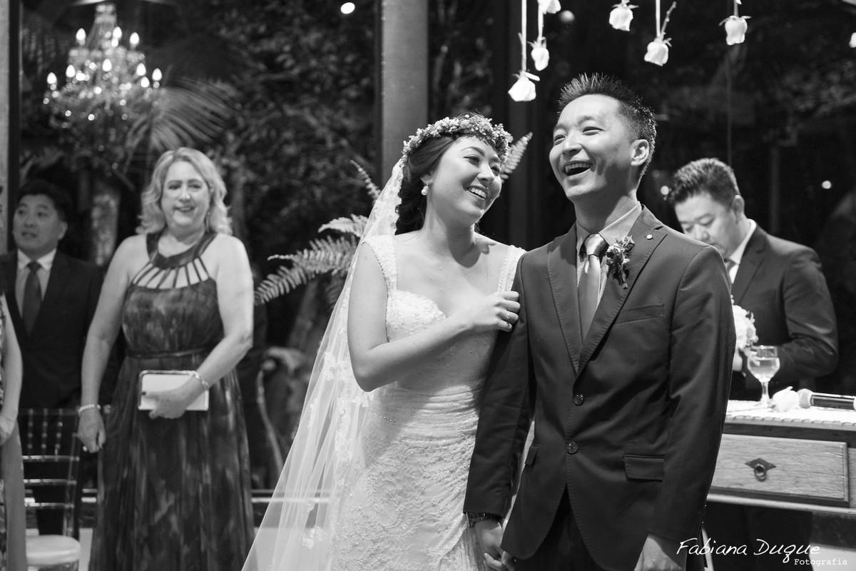 Mini wedding, casamento, Fabiana Duque, Casale Rústico, noivos, foto de cerimônia
