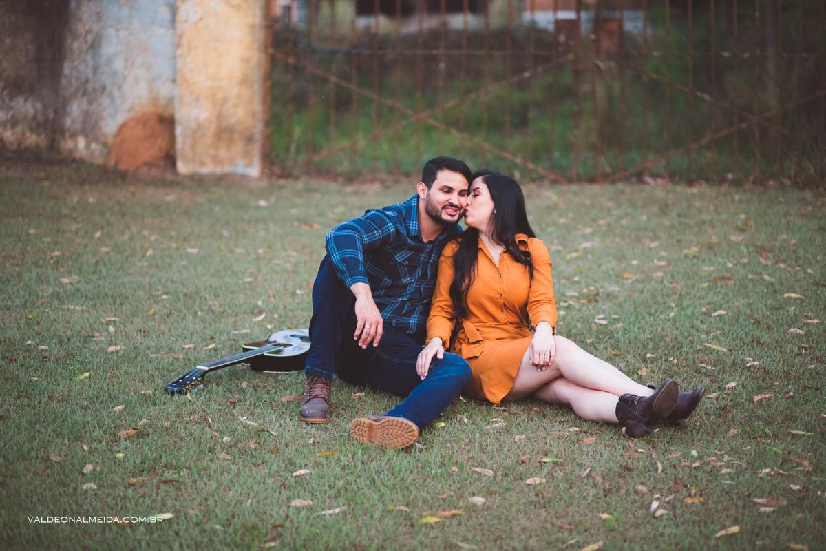Imagem capa - Qual roupa usar em um ensaio fotográfico de casal? por Valdeon A Silva