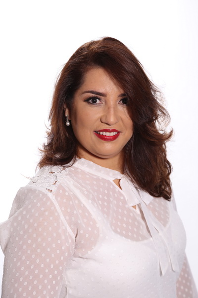 Janaína Cabral