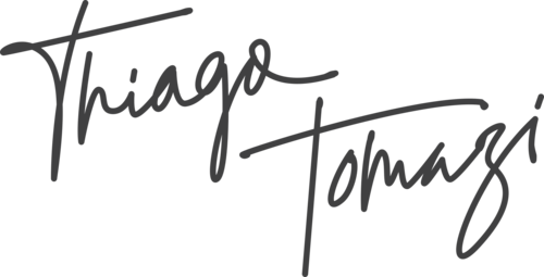 Logotipo de Thiago Tomazi