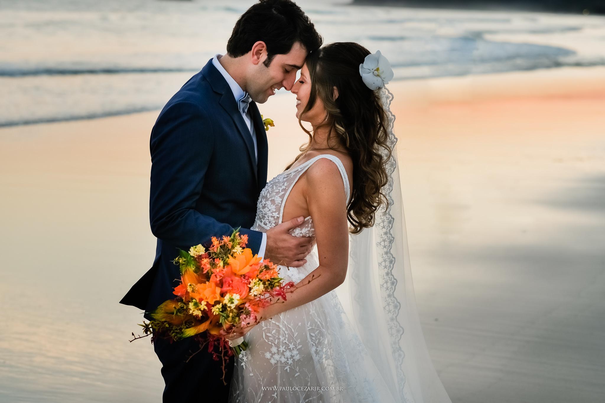 Contate Fotógrafo especializado em casamentos