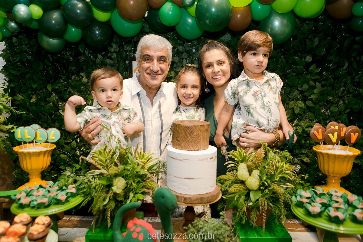 Imagem capa - Festa de Irmãos por ELISABETE SOZZA