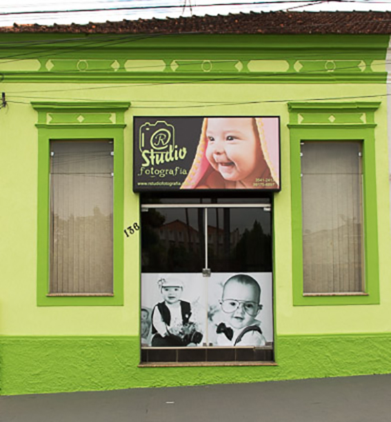 Sobre R Studio Fotografia / André Luiz Ribeiro / Cássia MG. Fotógrafo profissional de bebê, gestante, família e   casamento