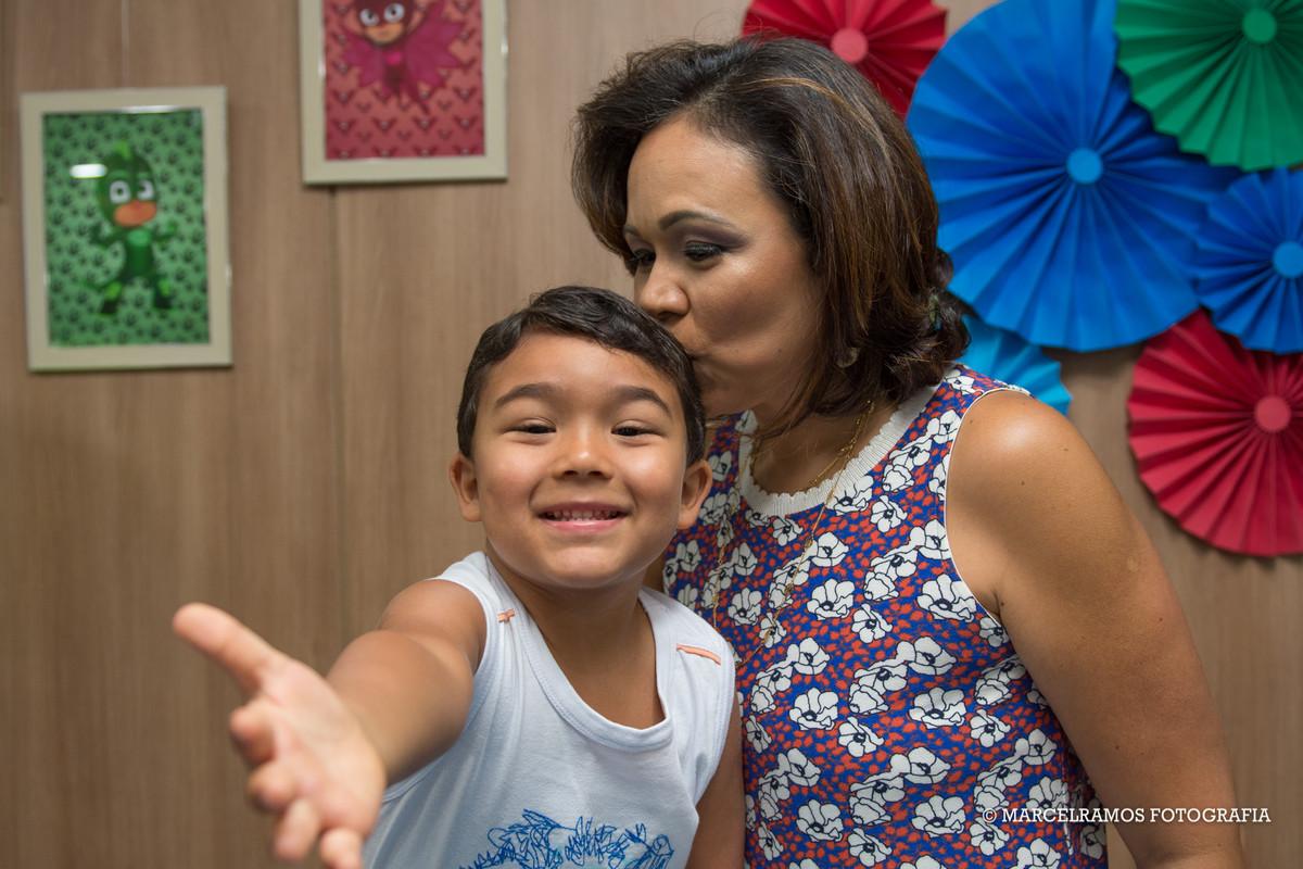 fotografia com a mamãe em festa infantil