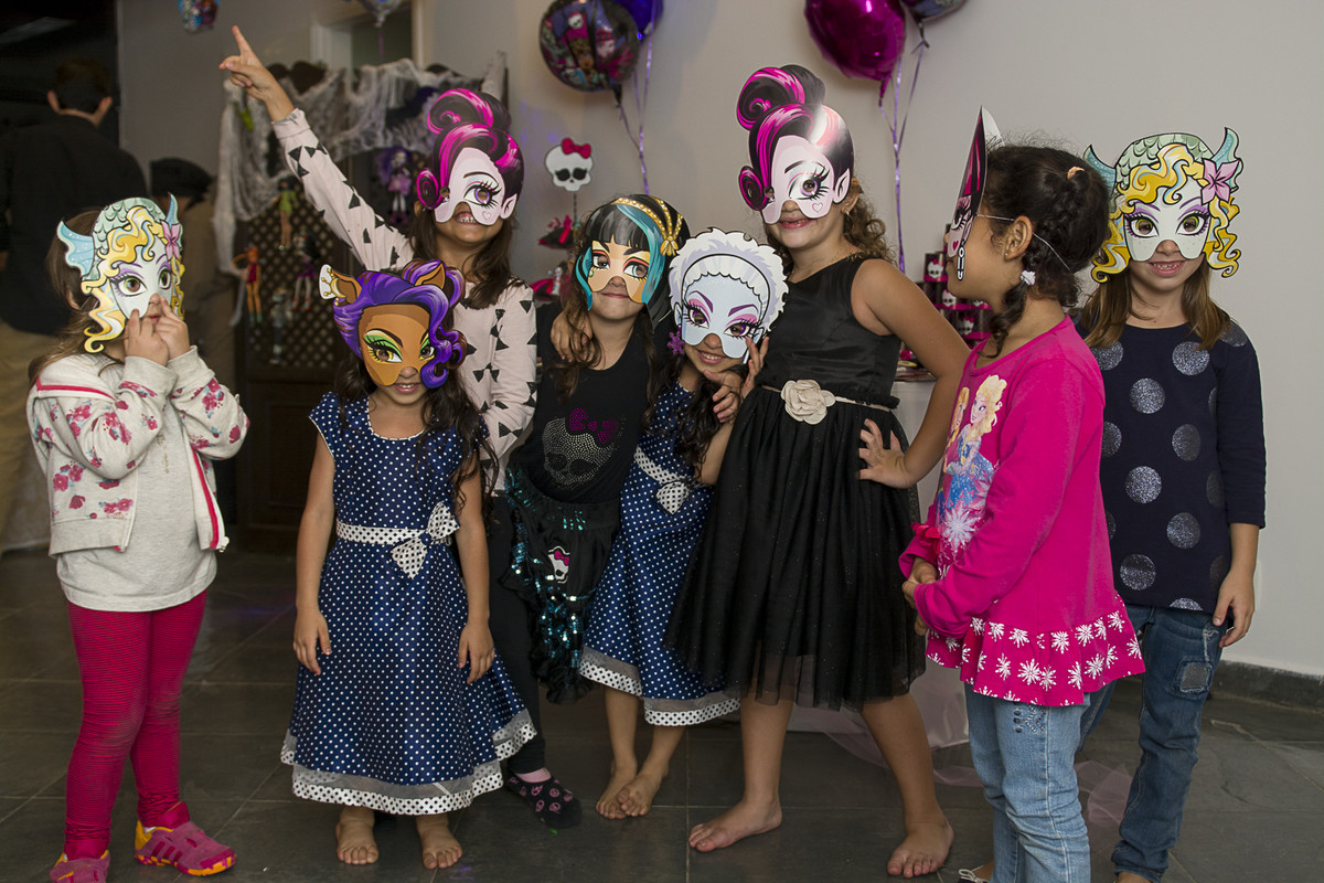 Festa de fantasia  da monster high