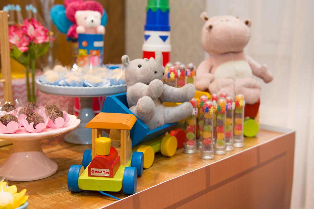 Na casa de festa Quintal buffet em botafogo o fotografo de aniversario marcel ramos registrou cada detalhe