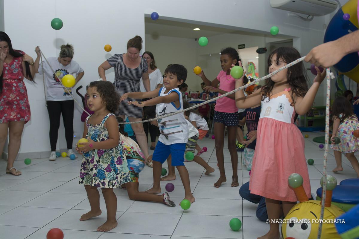 brincadeira de festa infantil em jacarepaguá